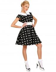 Naisen musta 50-luvun mekko