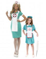Sairaanhoitajat- pariasu äidille ja tyttärelle