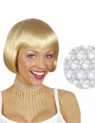 Kaulakoru valkoista helmistä naiselle