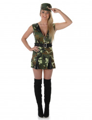 Naisten sotilas-asu