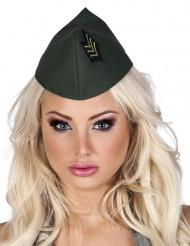 Sotilaan päähine naiselle