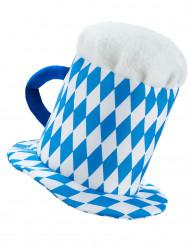 Aikuisten hattu sinivalkoisella oluttuopilla