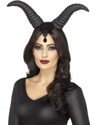 Pahan noidan sarvet naiselle halloween
