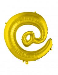 Jättimäinen kullanvärinen alumiininen @-symboli 70 cm