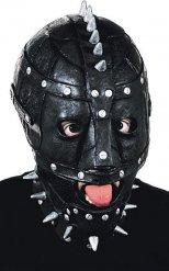 Musta naamari hopeanvärisillä niiteillä