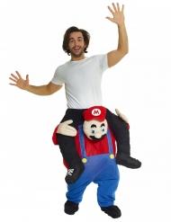 Mies punaisen putkimiehen selässä- Morphsuits™- asu aikuiselle