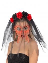 Ruusuhiuspanta mustalla hunnulla ja verisillä kasvoilla naiselle