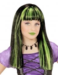Tytön noitaperuukki vihreillä raidoilla