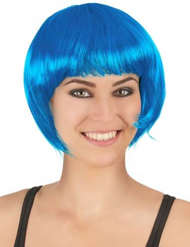 Sininen lyhyt peruukki