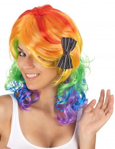 Värikäs peruukki