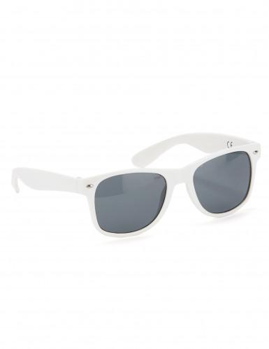 Valkoiset lasit