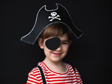 Merirosvon hattu ja silmälappu lapselle-1